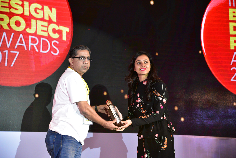 Firebrand receiving 'India's Best Design Project 2017' Award from Chandresh Haria